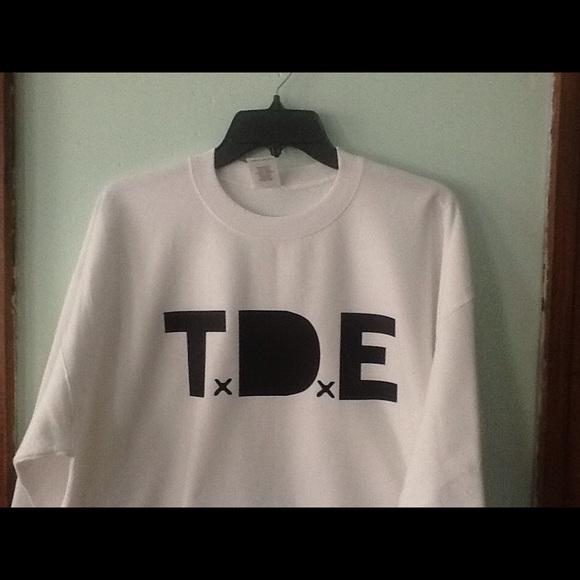 Gildan Other - T.D.E Kendrick Lamar Sweatshirt New